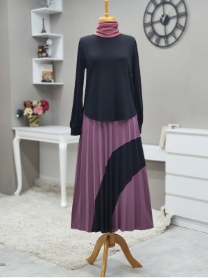 Short Front Set with Pleated Skirt and Piece Detailed -Black