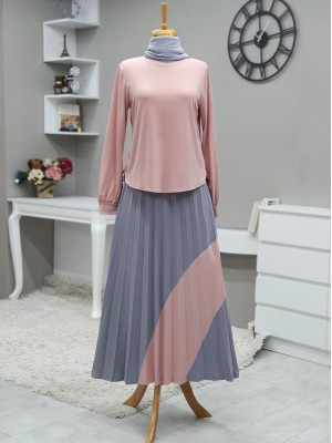 Short Front Set with Pleated Skirt and Piece Detailed -Powder