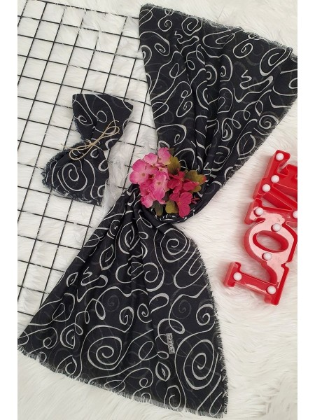 Intricate Pattern Scarf -Black