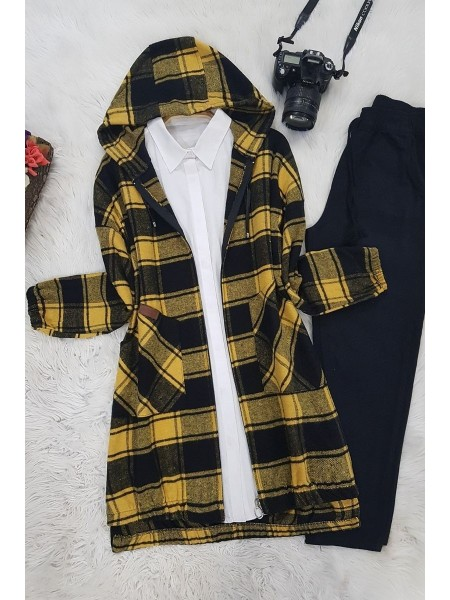 Hooded Cachet Cape -Yellow
