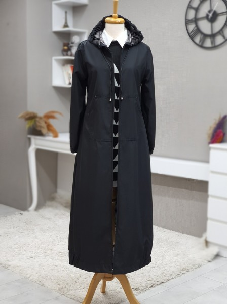 Long Trench Coat With Hooded Sleeve And Elastic Skirt -Black