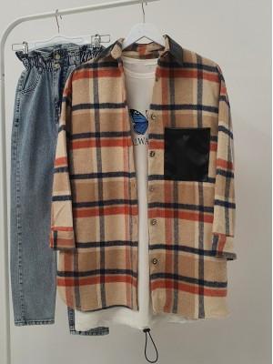 Collar and Pocket Leather Detailed Lumberjack Shirt -Ecru