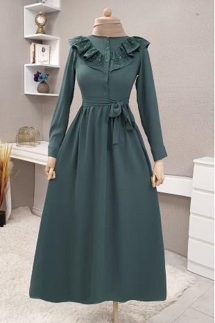 Yakası Güpürlü Uzun Elbise -Zümrüt