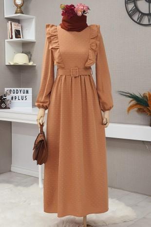 Önü Fırfırlı Kemerli Elbise -Tarçın