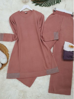 Skirt and Sleeve Striped Slit Knitwear Set -Powder