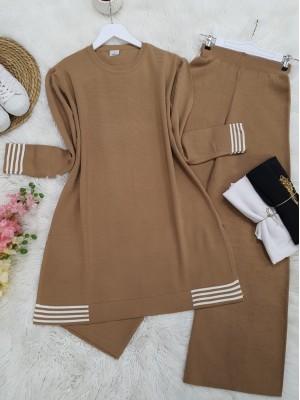Skirt and Sleeve Striped Slit Knitwear Set -Mink color